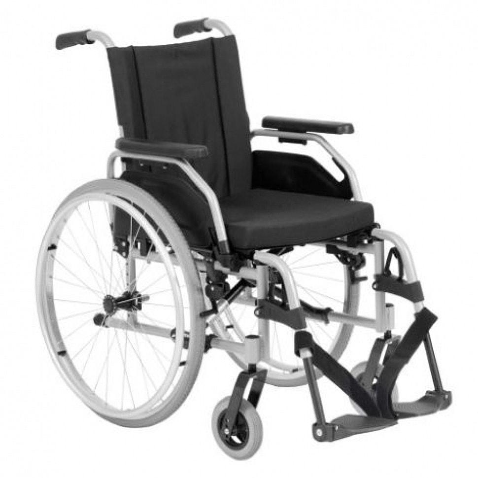 Modelo de cadeira de rodas manual